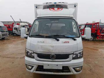 出售�|�L3.5米�L��式冷藏� 汽柴油款 ��六可按揭